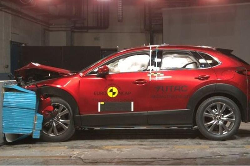 CX-30 crashtest EuroNCAP